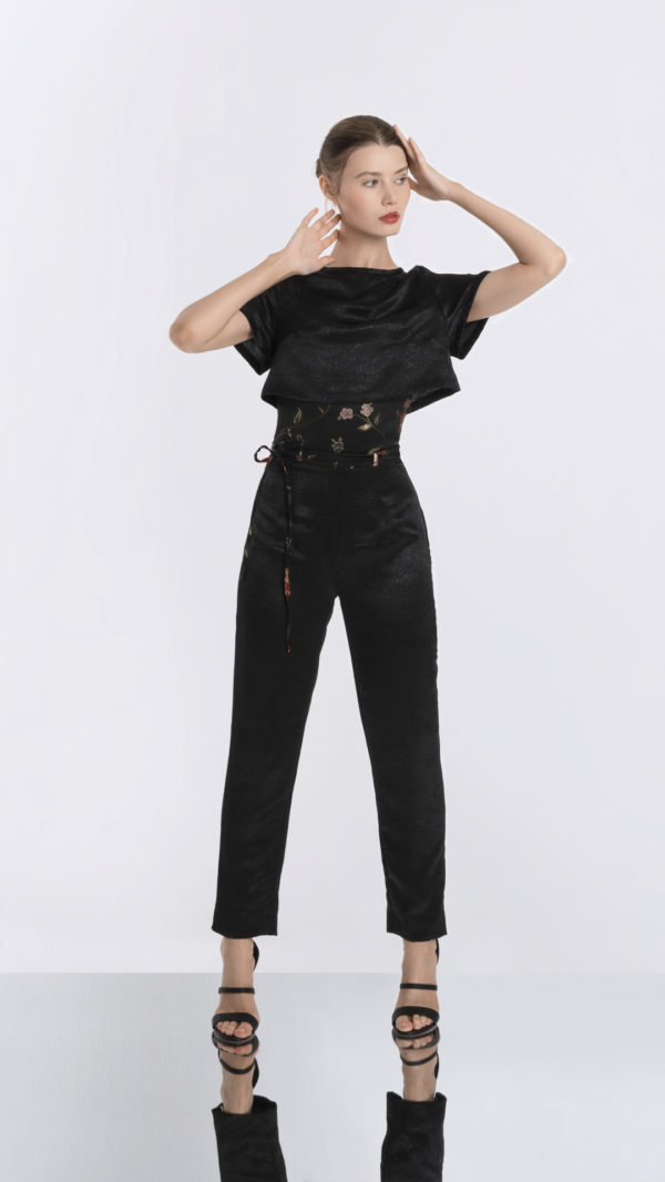 Black High Waisted Pants and Cropped Tee Front